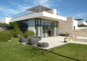 Villa avec piscine sur le golf