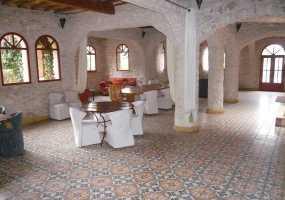 Villa sur 10,000 m²