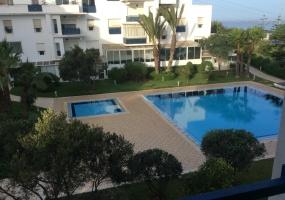 Appartement dans résidence avec piscine