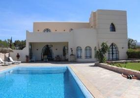 Villa de 6 chambres proche golf