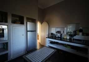 Villa à  avec  Cuisine Equipée