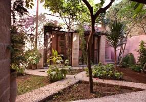 Riad avec jardin