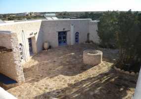 Villa à  de 450 m²